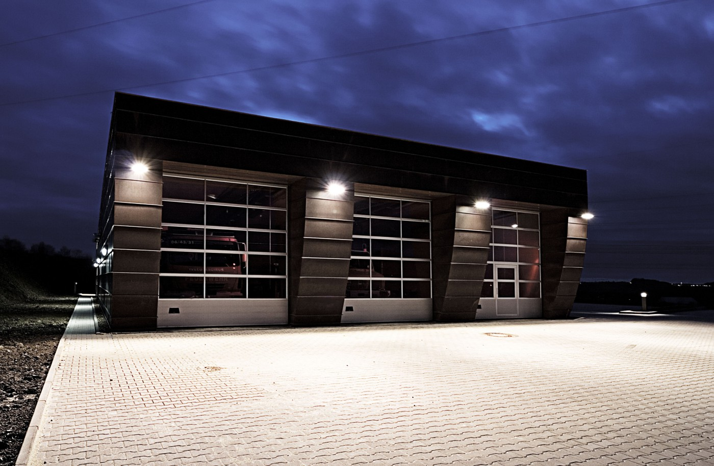 Feuerwehrger tehaus rosmart kkw architekten - Kkw architekten ...