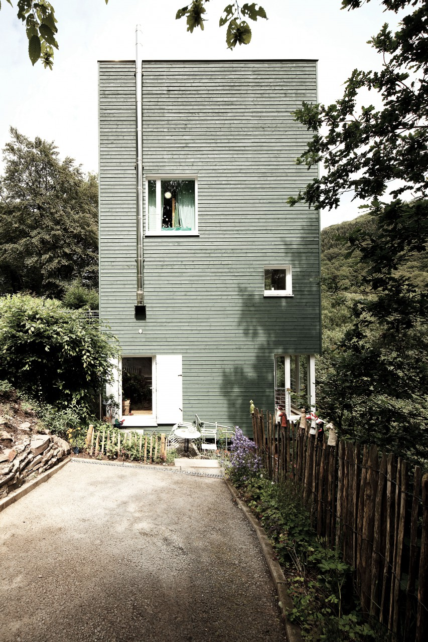 Haus am hang kkw architekten - Kkw architekten ...